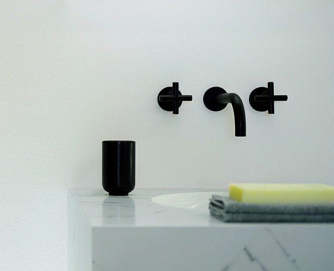 Bateria umywalkowa czarna 2 pokrętła