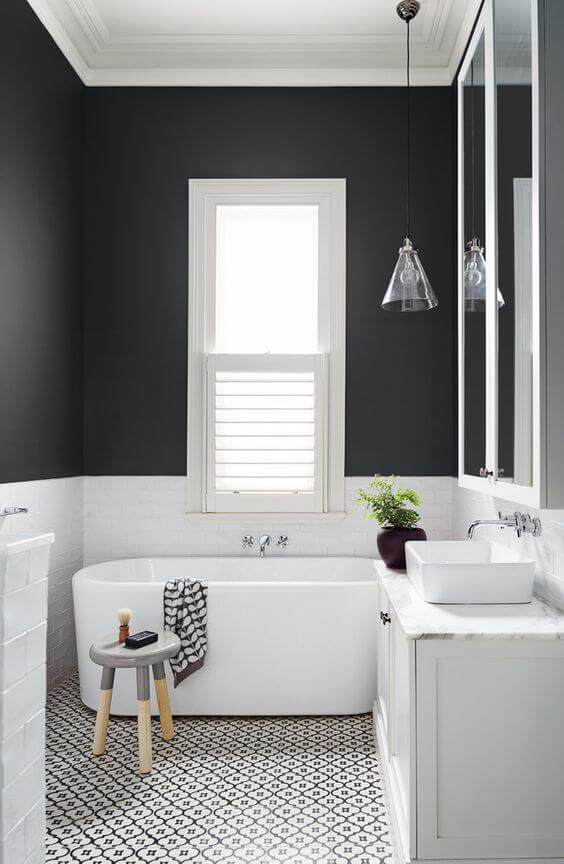 Czarne ściany w łazience