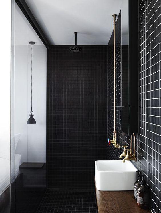 Czarne płytki połysk do łazienki